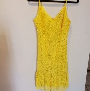 Lulus size small yellow lace dress.Only worn once!